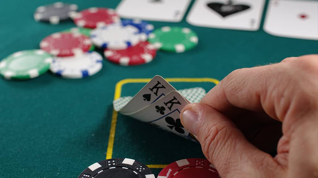 Poker vs. Texas Holdem