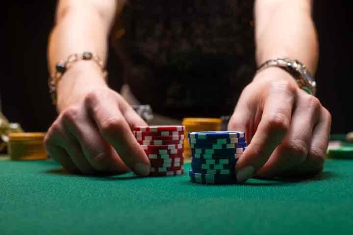 Cashing-Fake-Casino-Chips