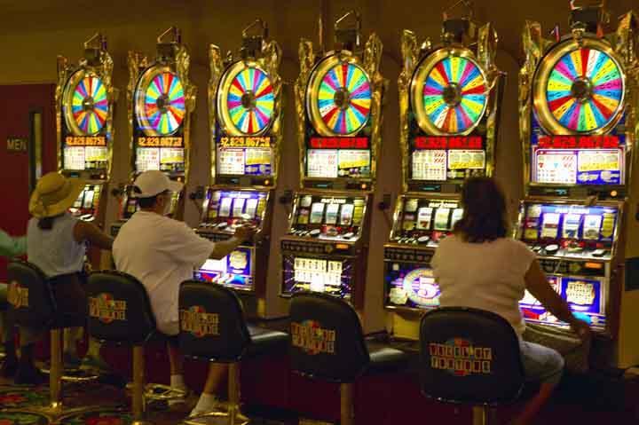 Keno-vs-Slots