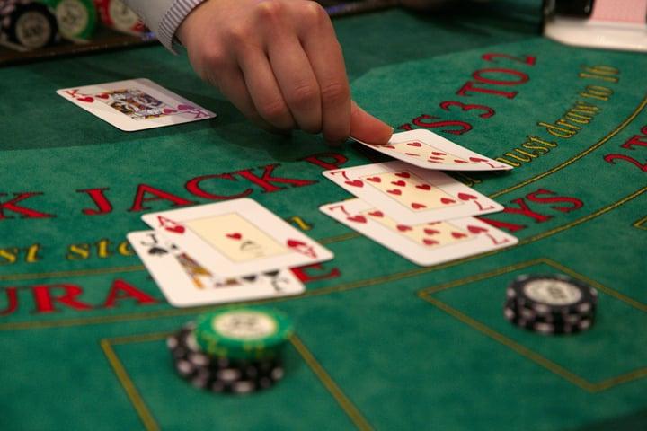 Single-Deck-Blackjack-1