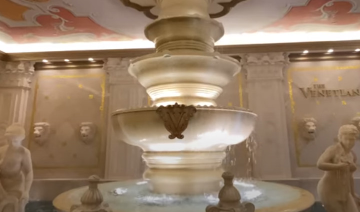 Las Vegas Venetian - one of the largest casinos in the world