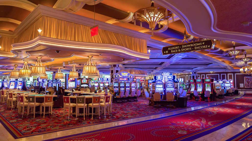Casino advantage play